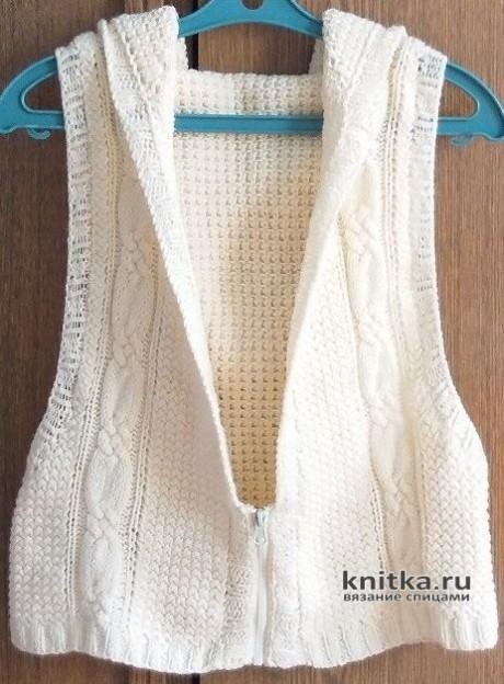 Молодежная вязаная жилетка с капюшоном, описание и видео-урок вязание и схемы вязания