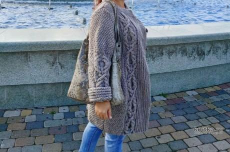 Женский кардиган с рельефной косой, описание и подробный мастер-класс вязание и схемы вязания
