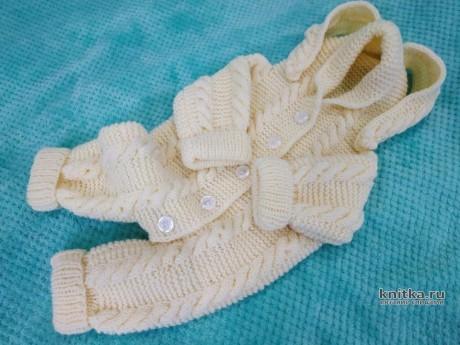 Вязаный комбинезон для малыша 0-4 мес. Работа Светланы Лосевой. Вязание спицами.