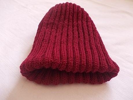 Двойная шапка резинкой спицами