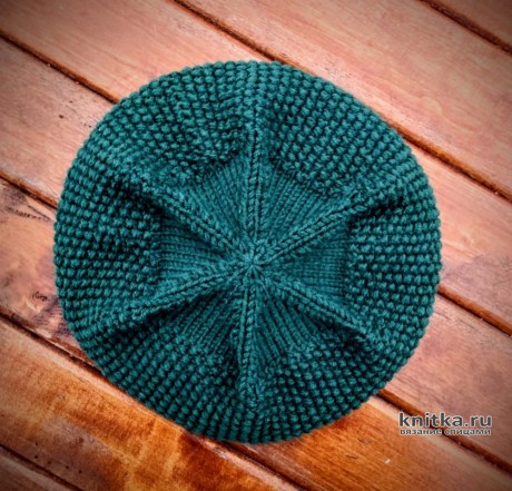 Женский берет, связанный на круговых спицах. Работа essa.handmade. Вязание спицами.