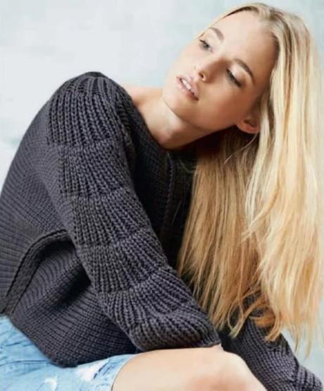 Женский пуловер с рукавами кимоно спицами. Вязание спицами.