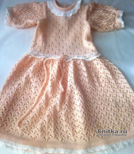 Платье спицами для девочки 3-4 лет. Работа Ивановой Людмилы. Вязание спицами.