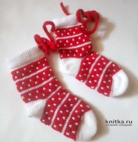 Вязанный спицами костюм для девочки. Работа Ивановой Людмилы вязание и схемы вязания