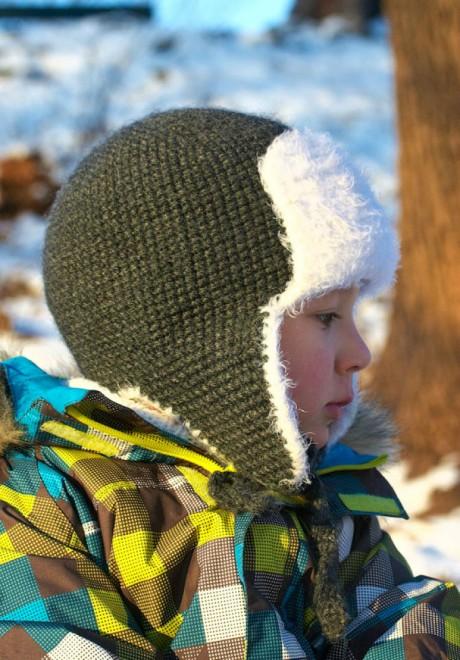 Детская шапка ушанка крючком