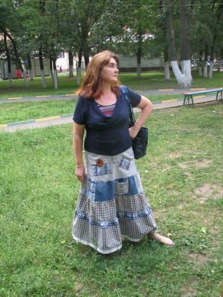 Переделка старых джинсов в юбку в технике пэчворк