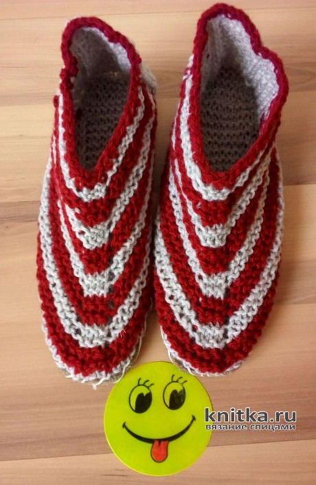 Тапочки спицами Smile. Работа Валерии вязание и схемы вязания