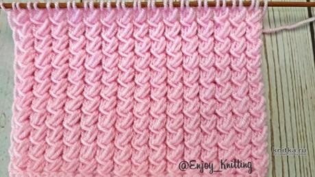 Интересный и необычный узор спицами, описание и видео-урок вязание и схемы вязания
