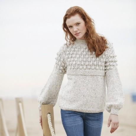 Меланжевый свитер с красивыми рукавами