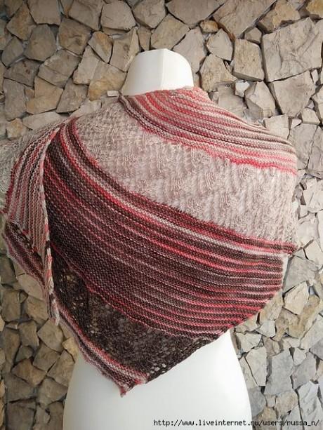 Вязанная спицами шаль AFETOS 3
