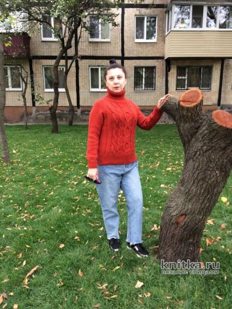 Женский свитер спицами Красный кирпич вязание и схемы вязания