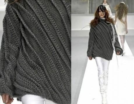 Стильный свитер крупной вязки спицами