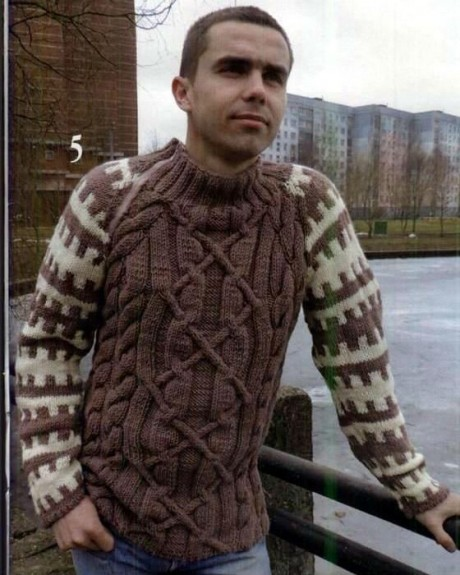 Вяжем мужчинам свитер с косами