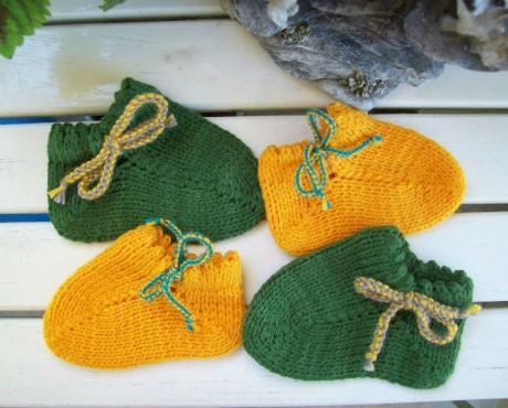 Тапочки Монпансье для малышей спицами вязание и схемы вязания