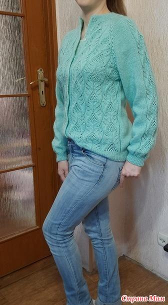 Голубая французская кофточка спицами