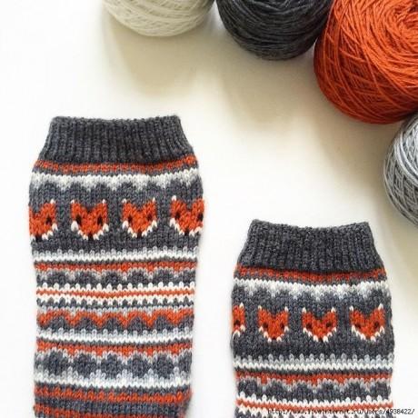 Забавные носки спицами с жаккрадом 2