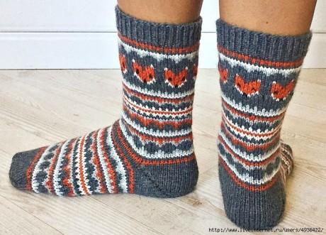 Забавные носки спицами с жаккрадом 5