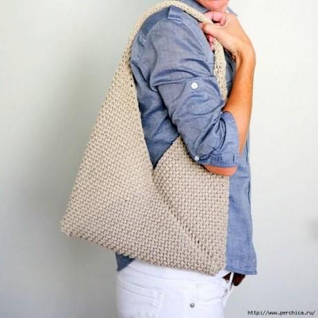Очень простая летняя сумка спицами за день