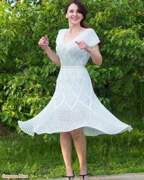 НЕВЕРОЯТНОЕ Летнее платье спицами из шелка. Вязание спицами.