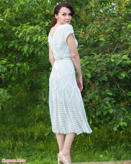 Летнее платье спицами из шелка 2