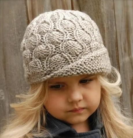 Теплая шляпка для девочки спицами
