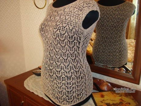Топ Немного солнца из вискозы с металликом, связанный спицами. вязание и схемы вязания