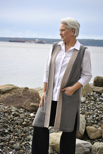 Удлиненный жилет спицами Johanna Vest by John Crane. Вязание спицами.