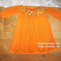 Детское платье спицами