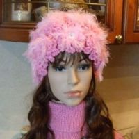 Вязаные спицами шапочки – работы Марии Казановой
