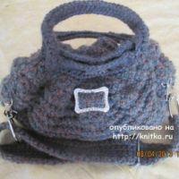 Вязаная спицами сумка