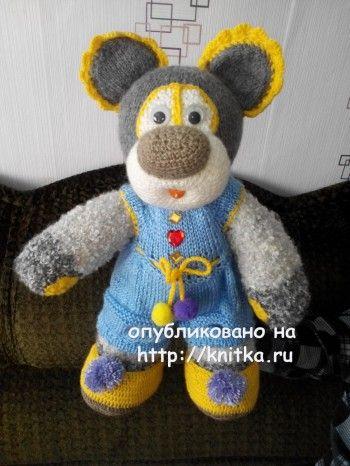 Вязаный спицами мишка – работа Елены. Вязание спицами.