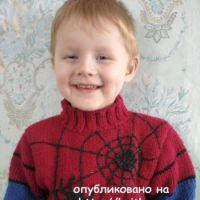 Свитер с пауком для мальчика – работа Лидии