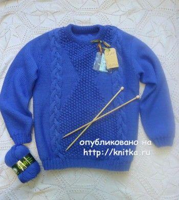 Васильковый свитер спицами – работа Лилии. Вязание спицами.