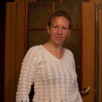 Ажурный пуловер спциами - работа Александры Старовой