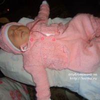 Костюмчик для новорожденного – работа Лилии