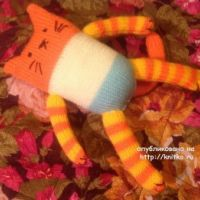 Вязаная игрушка кот – работа Людмилы