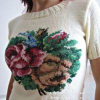 Вязаный спицами свитер с вышивкой – работа Татьяны