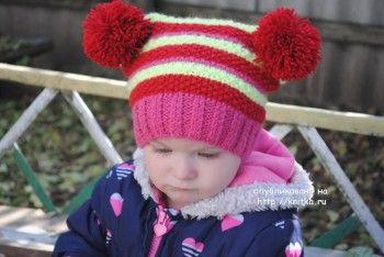 Зимняя шапочка для девочки – работа Татьяны. Вязание спицами.
