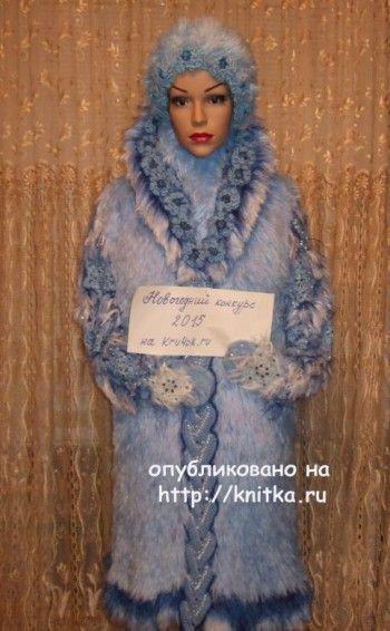 Шубка для снегурочки – работа Марии Казановой. Вязание спицами.