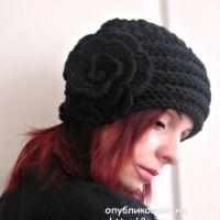 Работы Татьяны: вязаные спицами шапочки и перчатки