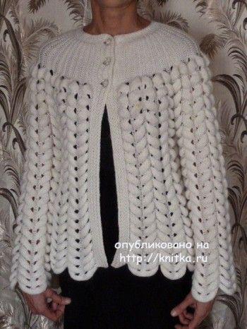 Белый жакет спицами – работа Марины Ефименко. Вязание спицами.