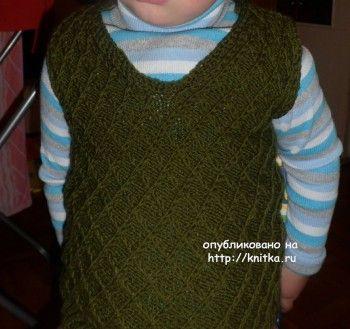 Безрукавка спицами для мальчика. Вязание спицами.