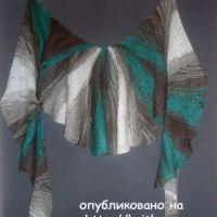 Веерообразная шаль – работа Лилии