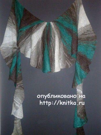 Веерообразная шаль – работа Лилии. Вязание спицами.