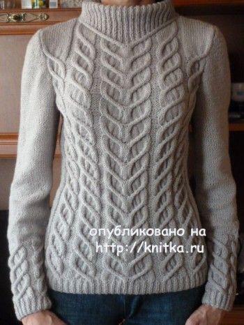 Вязаный спицами свитер – работа Марины. Вязание спицами.
