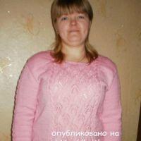 Розовый свитер спицами – работа Ирины Стильник