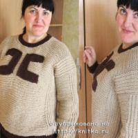 Женский свитер, связанный спицами – работа Яны
