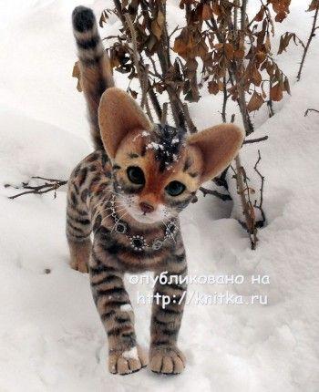 Вязаная игрушка – котенок. Работа Ирины. Вязание спицами.