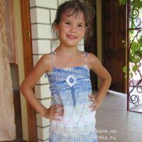 Детский сарафан спицами – работа Арины