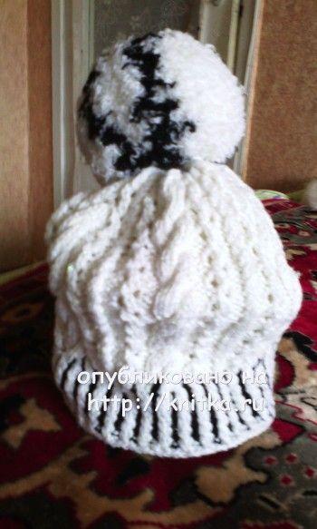 Вязаные спицами шапочки – работы Натальи. Вязание спицами.